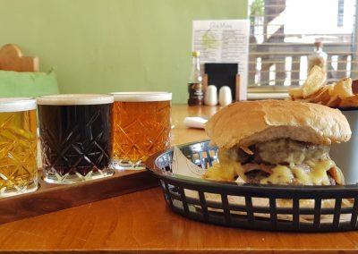 burger and beer baton