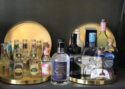 gins and tonics